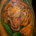 Tattoo Left Hand Robbie 3.jpg
