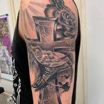 Lasari Tattoo 2.jpg