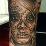 Tattoo Ron 1.jpg