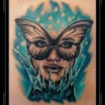 vlinders vrouw portret sugarskull kleur bovenarm.png