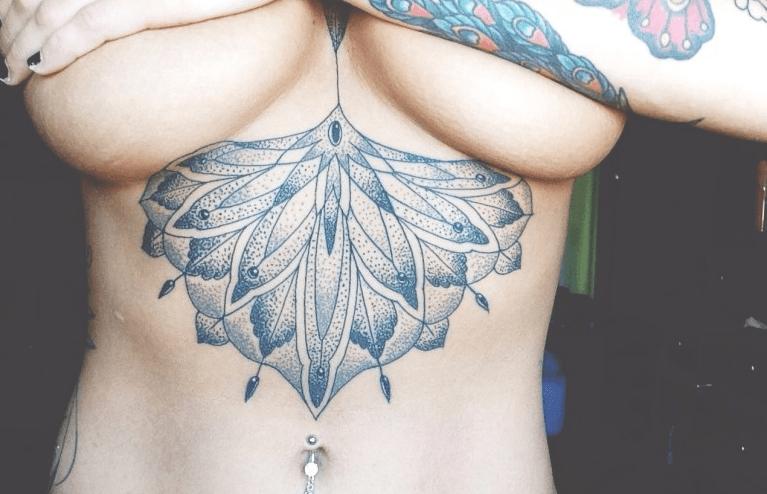 Tattoo Onder De Borsten Tattoo Platform