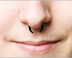 Neus piercing