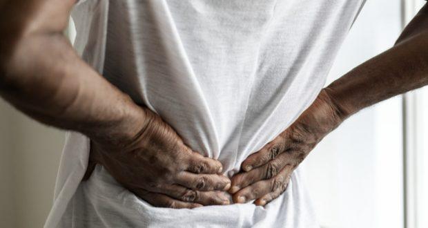 Rugpijn bij tattoo artiesten